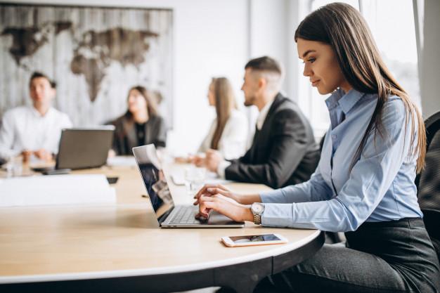 Hãy luôn cập nhật vốn từ vựng văn phòng, điều này giúp bạn tạo ấn tượng tốt với cấp trên và đồng nghiệp. Đồng thời thể hiện sự chuyên nghiệp trong công việc