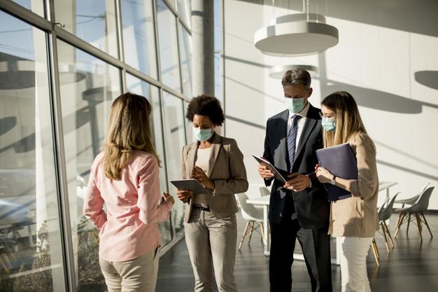 Một số mẫu câu giao tiếp văn phòng thông dụng bạn nên biết