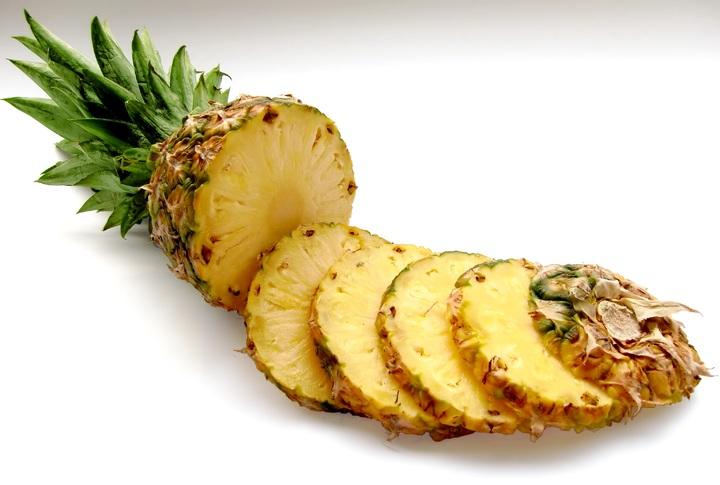 Dứa (thơm): pineapple